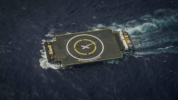 A  balsa drone Of Course I Still Love You da SpaceX baseada na East Coast. (Foto: SpaceX)