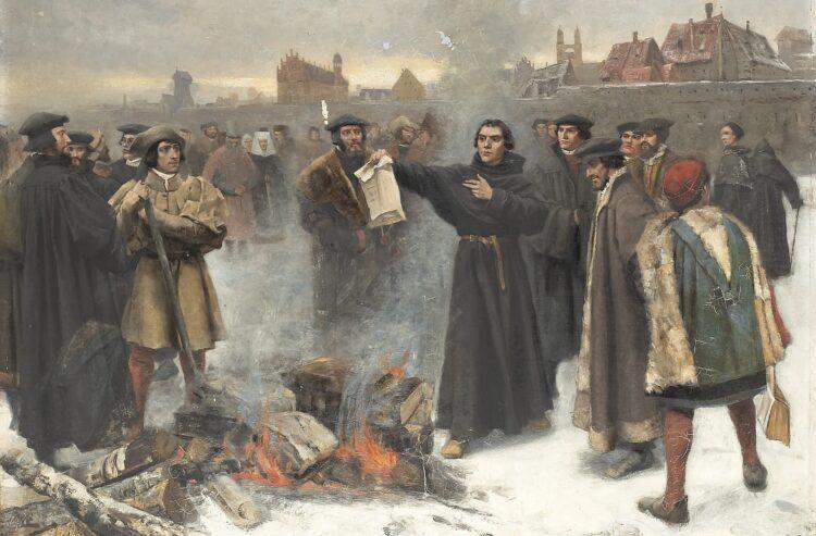 Martinho Lutero queima a bula papal na praça de Wittenberg no ano de 1520. Óleo sobre tela de Karl Aspelin (1857-1922).