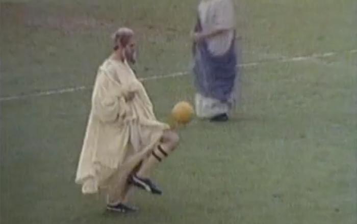 Quando os filósofos decidiram jogar futebol