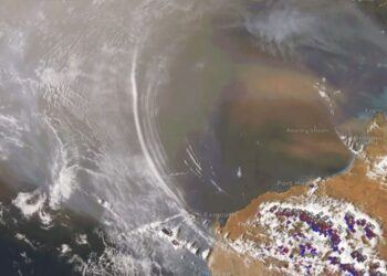 Ondas de gravidade atmosférica foram observadas por um satélite no noroeste da Austrália. Fonte: WeatherZone.