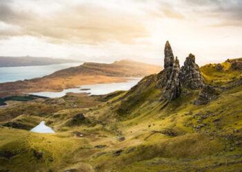 Ilha na Escócia ( supakit / Adobe Stock)