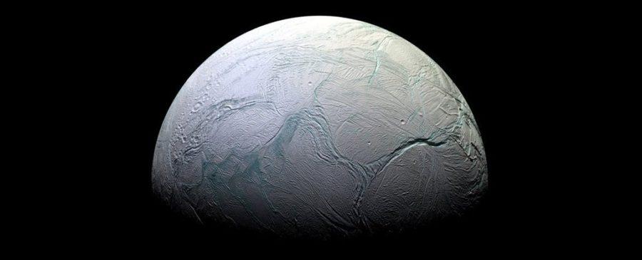 Um oceano em Encélado contém os blocos de construção da vida