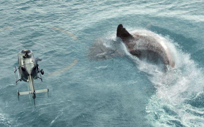 É normal que um tubarão de 18 metros de comprimento - o maior tubarão da Terra - promova arrepios em algumas pessoas. Mas isso só vai acontecer através da ficção. (Imagem: Warner Bros. Pictures)