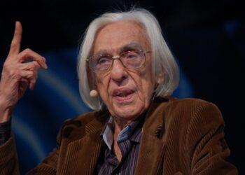 O escritor Ferreira Goulart (Reprodução)