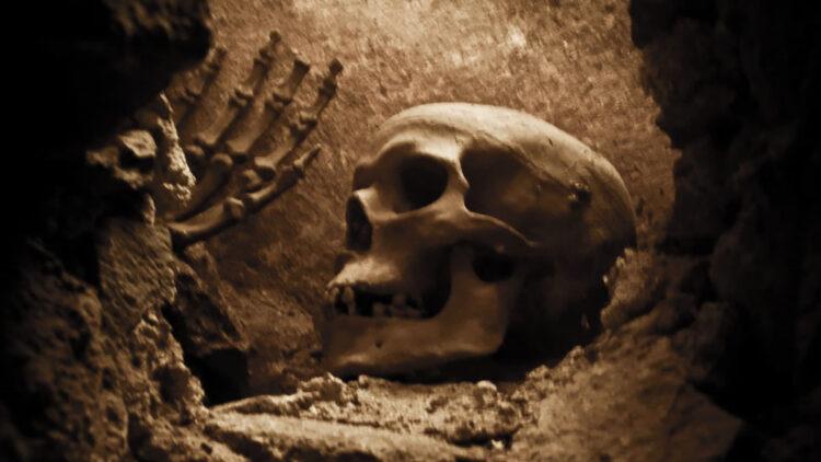 """Arqueólogos usam o termo """"sacrifício de fundação"""" quando se referem a enterrar um ser humano embaixo, dentro ou sobre as fundações dos edifícios. (Imagem: Megacurioso)"""