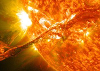 São literalmente explosões. (Créditos da imagem: NASA).