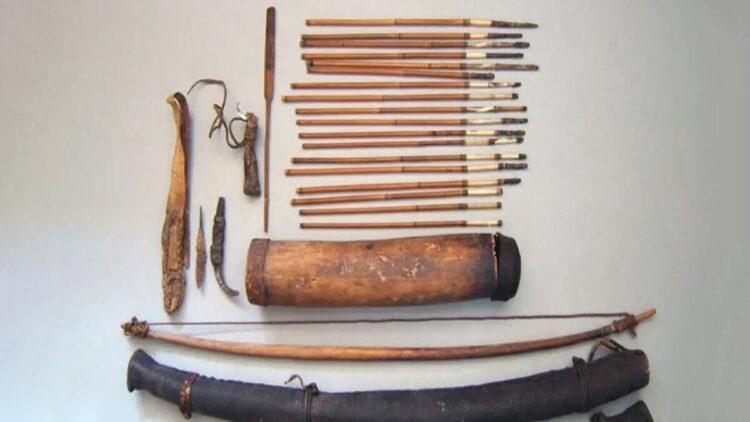 humanos fabricam flechas venenosas