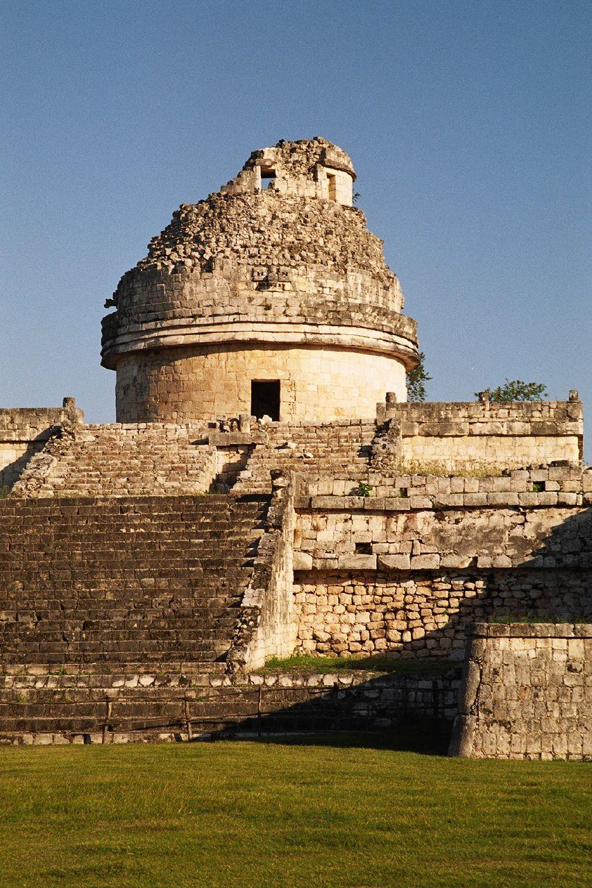 Observatório astronômico maia, datado de 909 d.C, em Chichen Itza, no atual México. (Créditos da imagem: Bruno Girin).