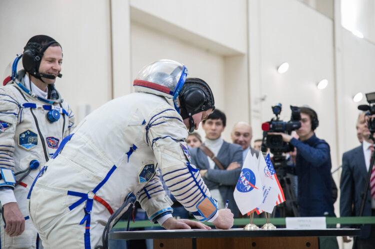 O cosmonauta Alexey Ovchinin no Centro de Treinamento de Cosmonautas Yuri Gagarin, na Rússia. (Créditos da imagem: NASA/Beth Weissinger).