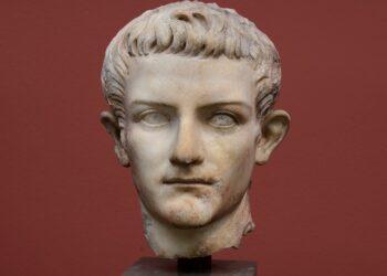 Busto de Calígula. (Richard Mortel).