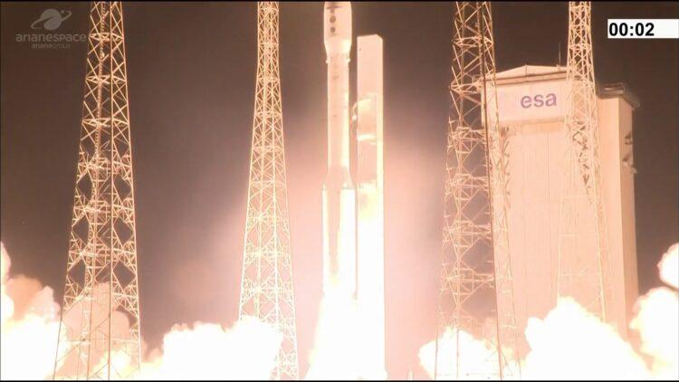 Momento em que o Vega decola, no dia 16 de novembro de 2020. (Arianespace).