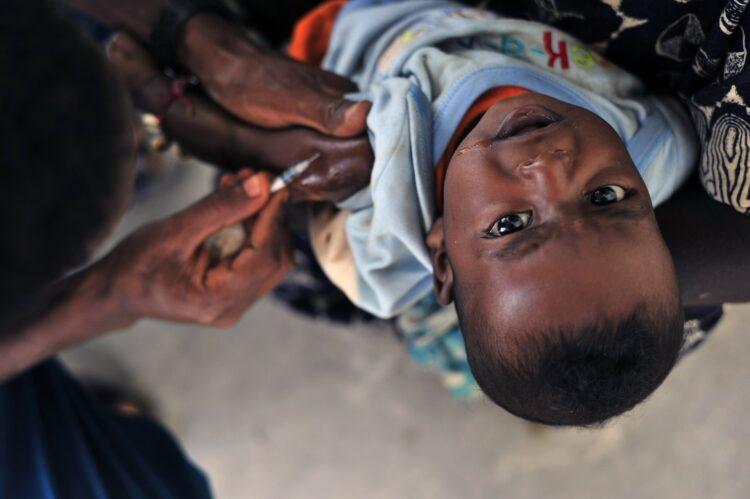 Estudos mostram que os casos de sarampo em 2019 tiveram os níveis mais altos nos últimos 23 anos. (Imagem de David Mark por Pixabay)