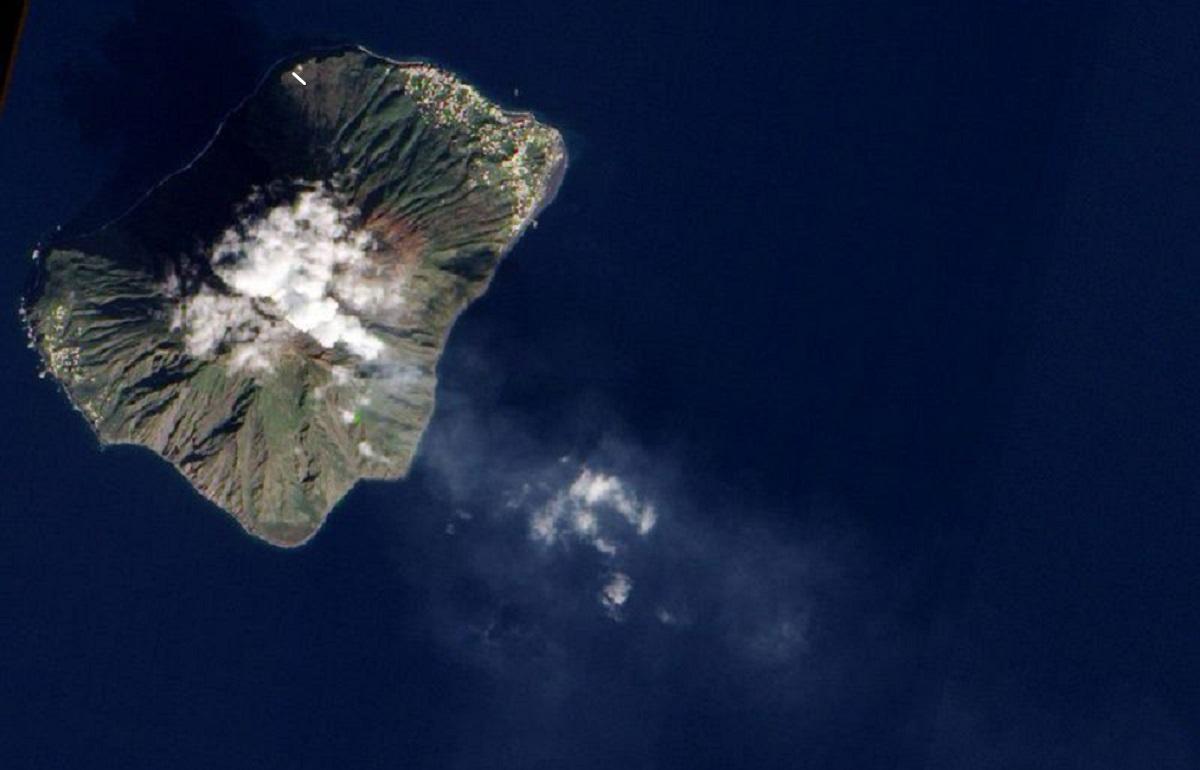 vulcão entra em erupção na Itália