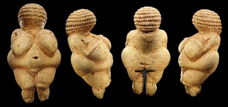 Estatuetas de Vênus. (Bjørn Christian Tørrissen / Wikimedia Commons).