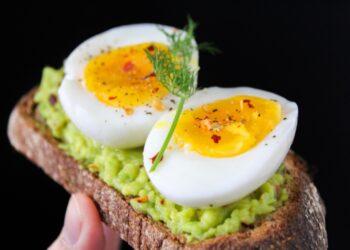 Comer apenas meio ovo por dia aumenta o risco de morte
