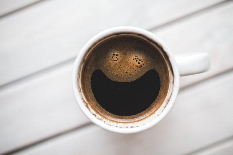 Beber café antes dos exercícios te ajuda a perder peso