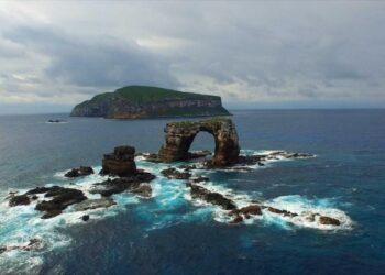 O Arco de Darwin desabou no último dia 17 por consequências naturais, de acordo com autoridades. Imagem: Wikipedia