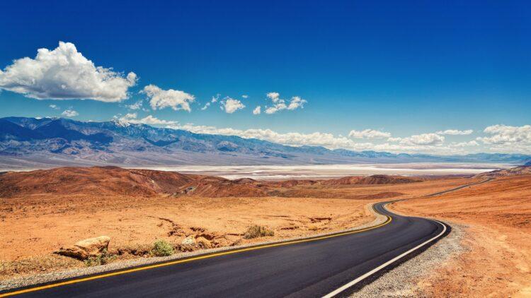 """O conhecido """"Vale da Morte"""", na califórnia, na verdade não é o deserto mais quente do planeta, mostra estudo. Imagem: jplenio/Pixabay"""