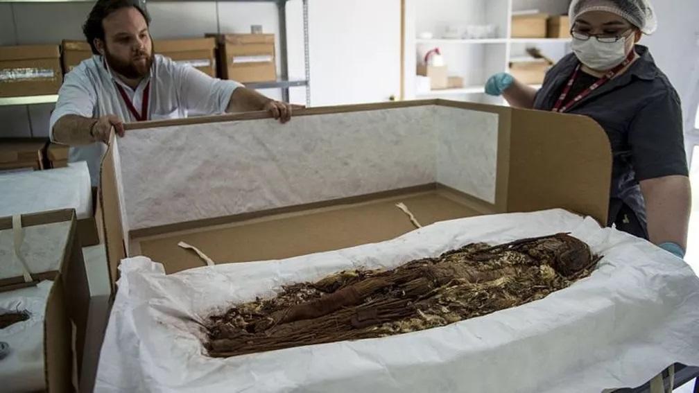sociedade antiga mumificavaos mortos