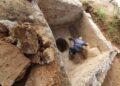 Prensa de vinho da era bizantina encontrada no local. Imagem: Autoridade de Antiguidades de Israel